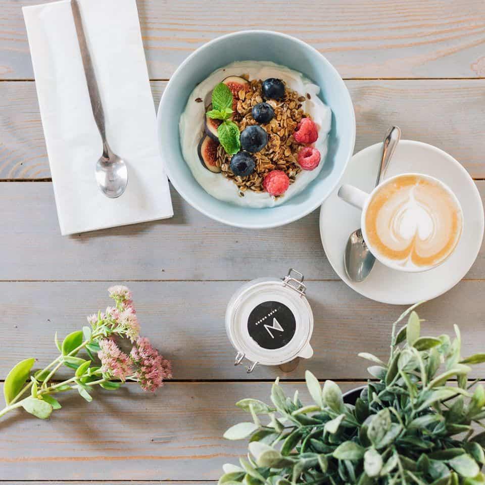 Vienna's Coffee Houses - Sneak In